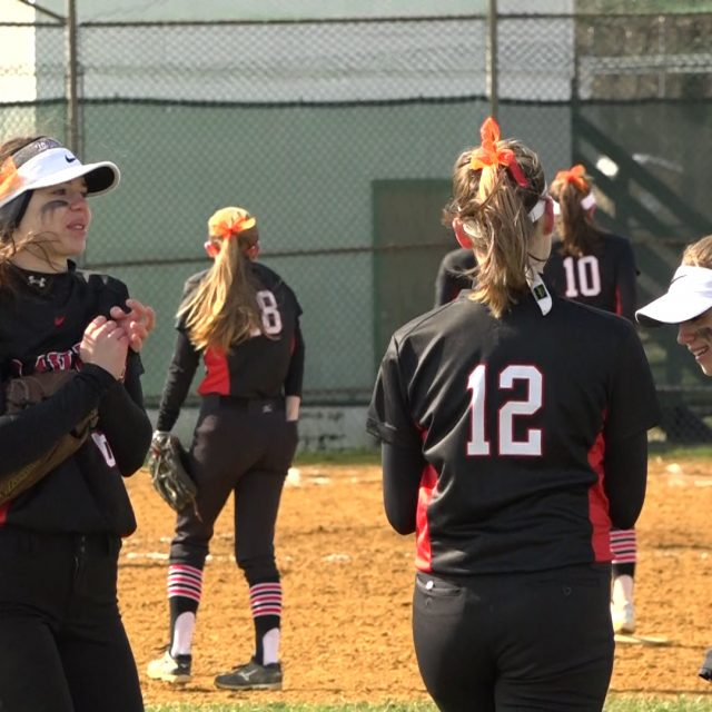 No. 3 Robbinsville softball starts the year off with big win over Allentown