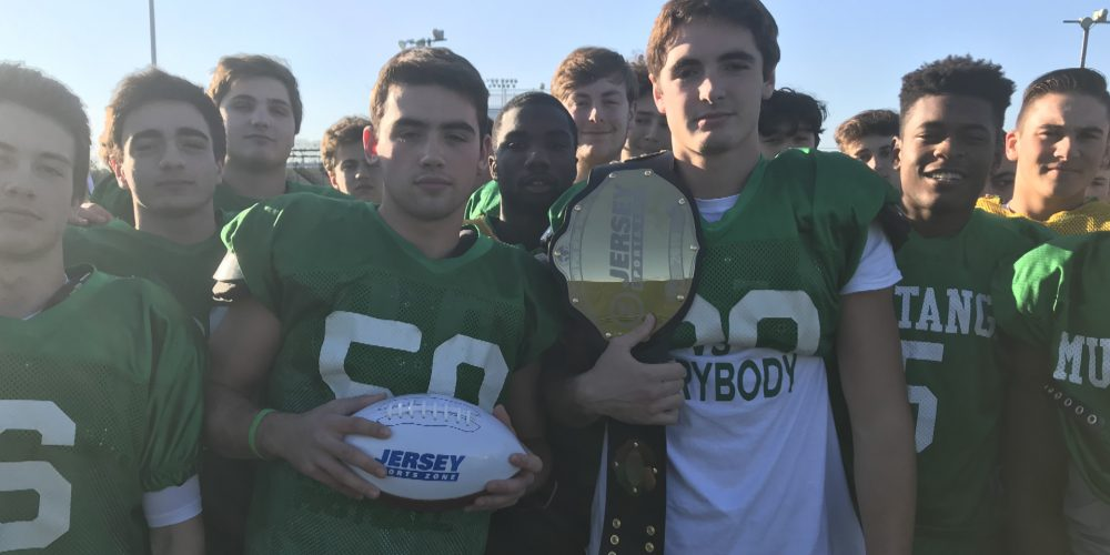 Top Play Belt and a Game Ball; Mainland's Cook & Bradley Earn Week 8 Awards
