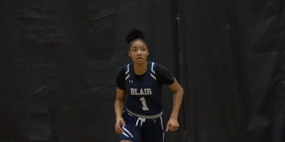 Blair's Darius heads out west, commits to UCLA