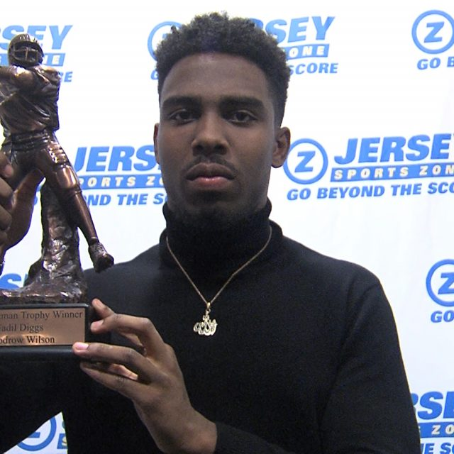 Diggs wins Zoneman, Schiano speaks at JSZ Football Banquet