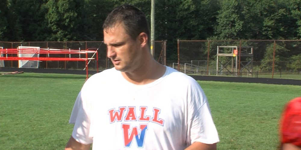 Wall's Curcione honored by New York Giants