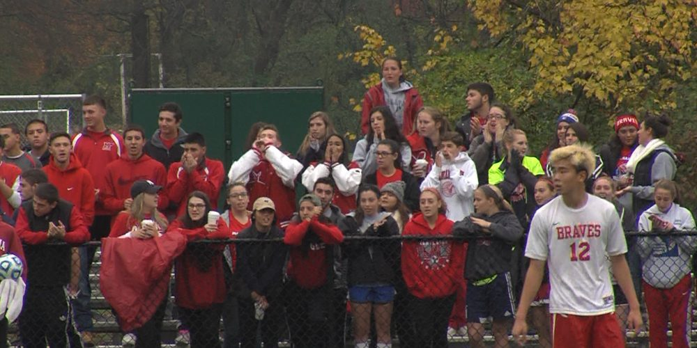 Manalapan moves on to soccer semis