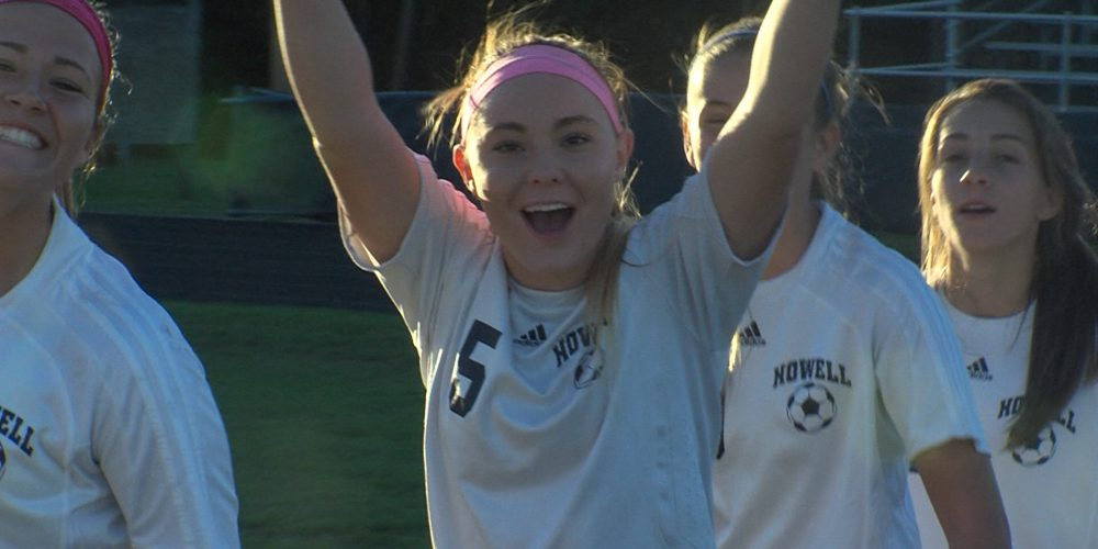 Lady Rebels sweep Patriots on pitch