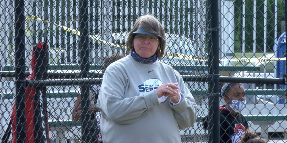 Mater Dei Softball Coach Gets 500th Career Win