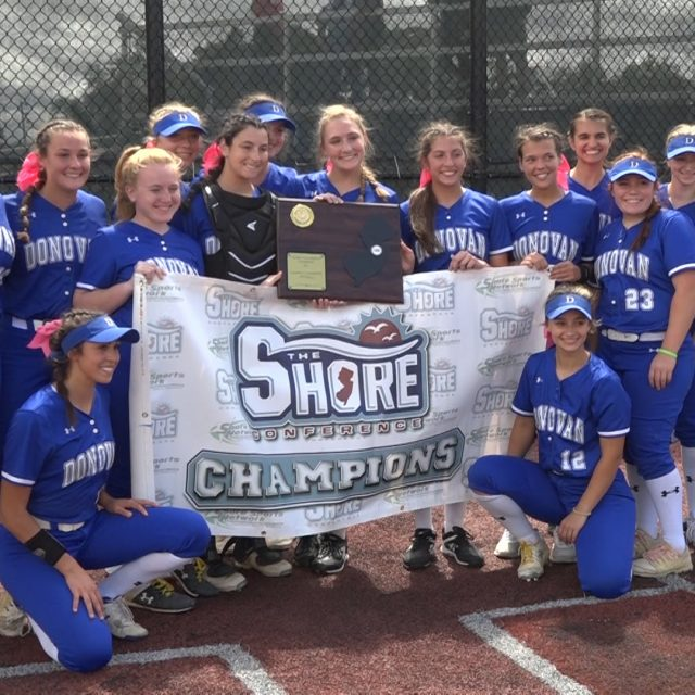 Donovan Catholic brings the fireworks to rally and win the SCT Title