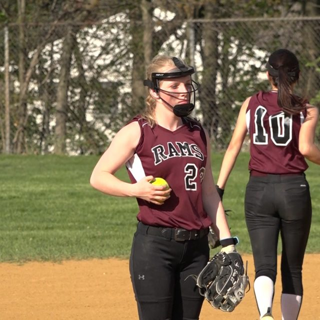 South River softball gets sixth win in a row!
