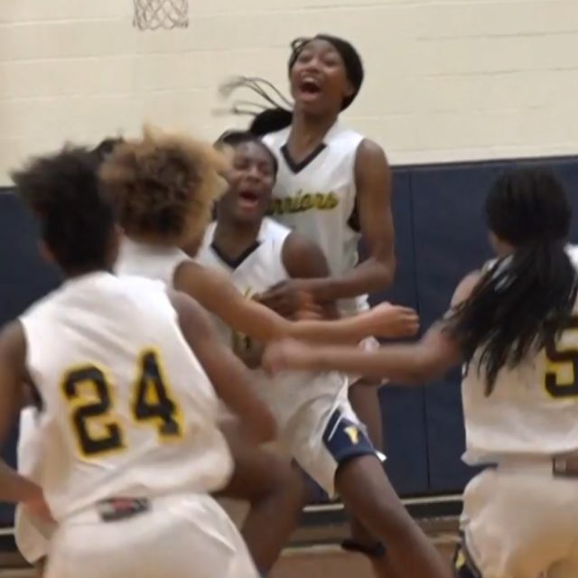 Franklin Girls Basketball Stays Undefeated, Beats Long Island Lutheran at the Buzzer