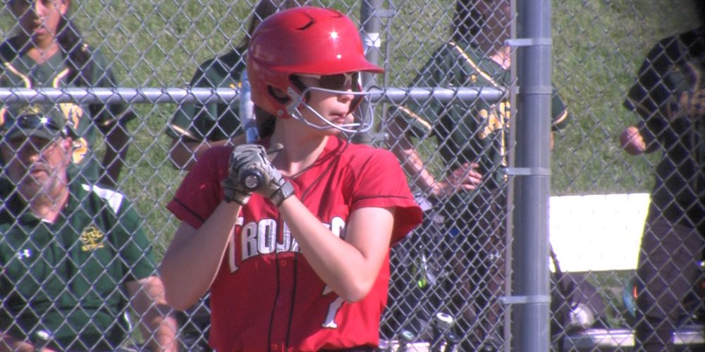 """Nine-run 4th gives Bishop Ahr a spot in """"A"""" South semis"""