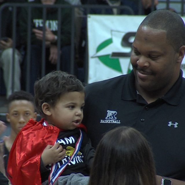 NJ basketball continues to rally for Ranney coach and his son's cancer battle